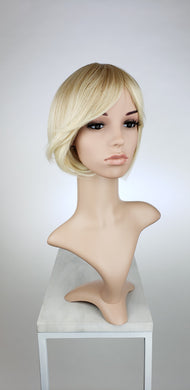 Strawberry Blonde Ombre Short Straight with Bangs Fashion Wig HSDAN91