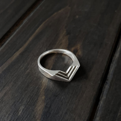 Chevron Step Ring