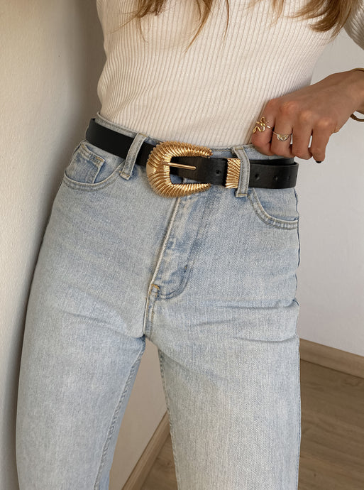 CHUNKY GOLDEN BELT