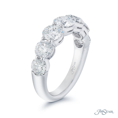 1119-001 | Diamond Wedding Band 7 Round Diamonds Shared Prong Side View