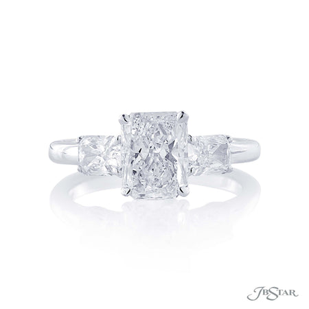 1.90 ct Platinum Radiant Cut Diamond Engagement Ring