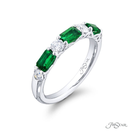 5274-004 | Emerald & Diamond Wedding Band Round & Emerald-Cut 0.79 ctw Side View