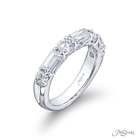 5602-019 | Diamond Wedding Band Round & Emerald-Cut 2.46 ctw. Side View