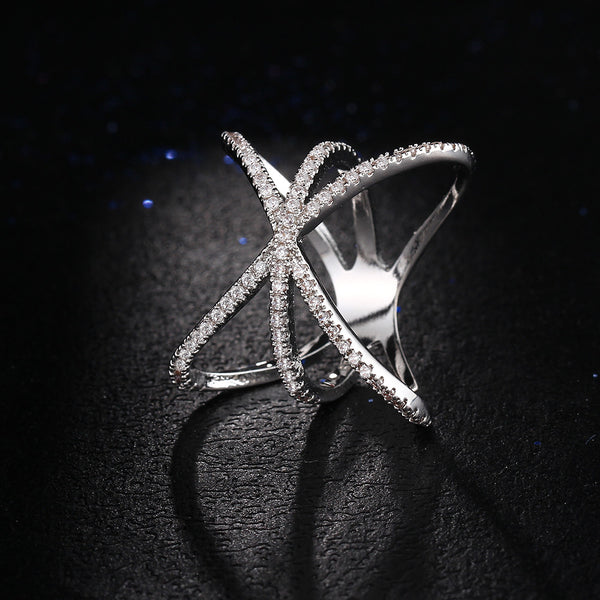 Sparkling Cross Ring - CrumelsWorld