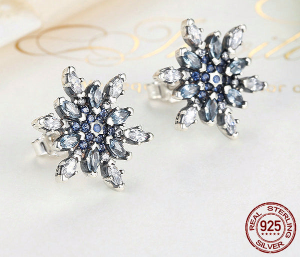 Sterling Silver Sparkling Snowflake Stud Earrings - CrumelsWorld