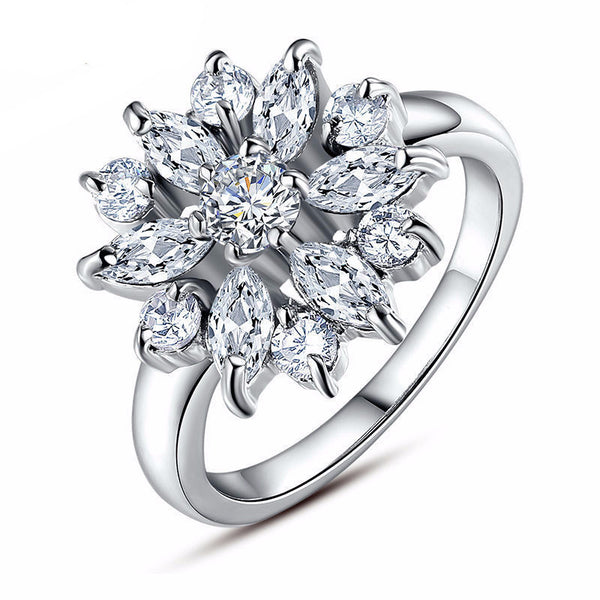 Sparkling Chrysanthemum Ring - CrumelsWorld