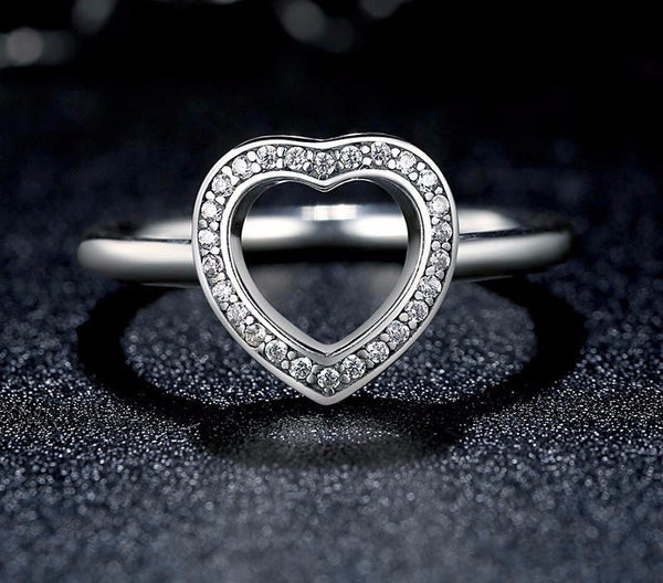 Sterling Silver Heart Ring - CrumelsWorld