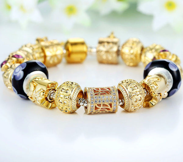 Royal Charms Bracelet - CrumelsWorld
