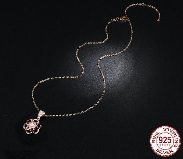 Sterling Silver Flower Pendant & Necklace - CrumelsWorld