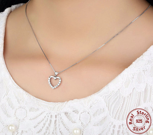 Sterling Silver Heart Pendant & Necklace - CrumelsWorld