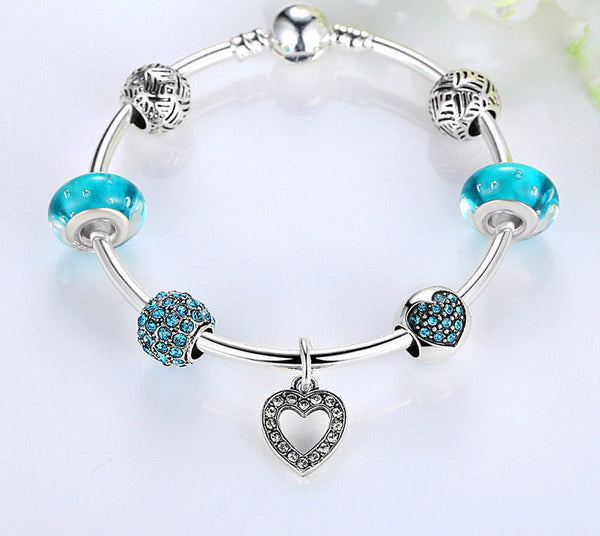 Sparkling Hearts Bangle - CrumelsWorld