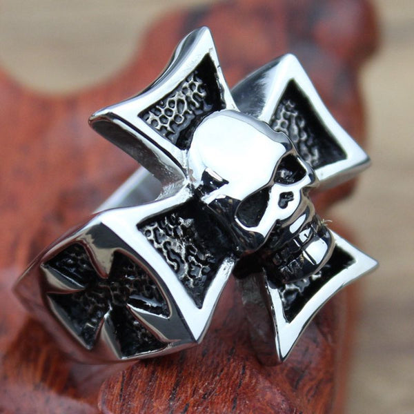 Stainless Steel Bikers Cross Ring - CrumelsWorld
