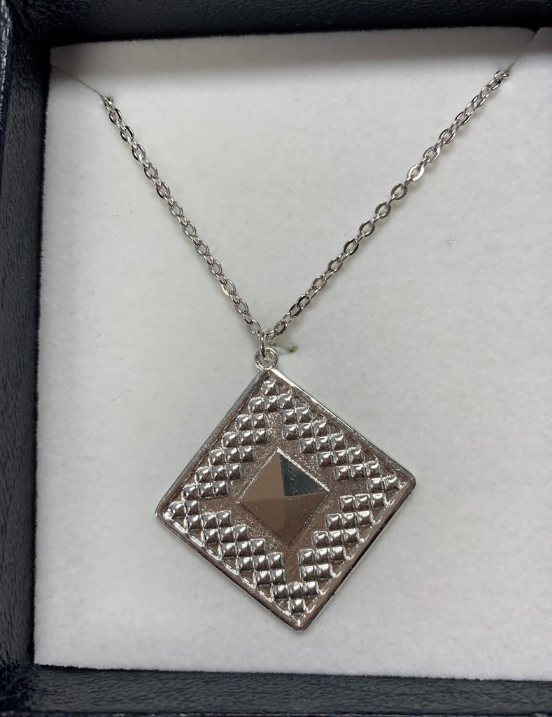 Montana Silversmiths Diamond pyramid necklace