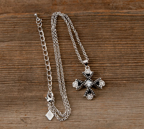 products/necklace-cross.jpg