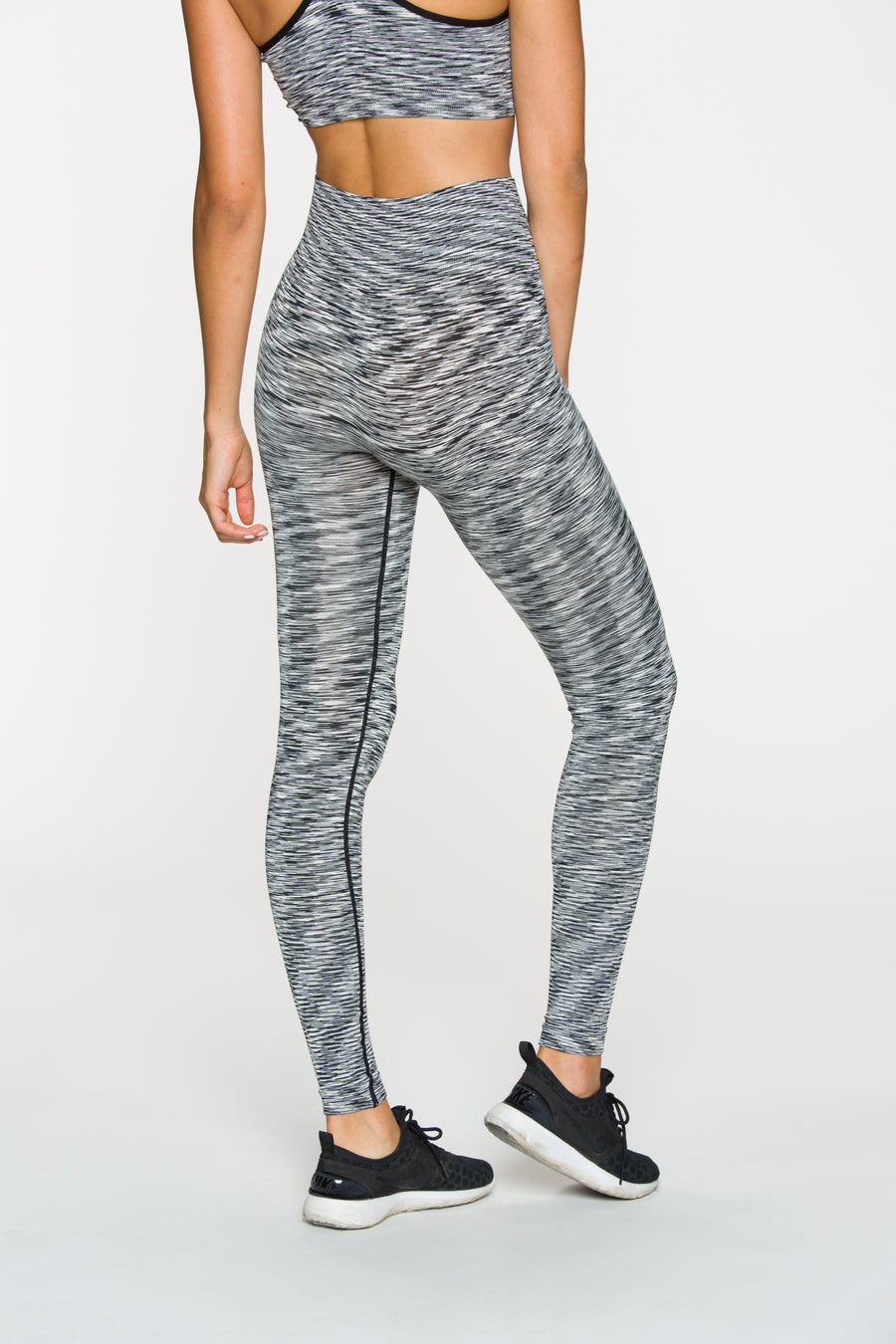 Seamless High Waisted Legging in Static Gray