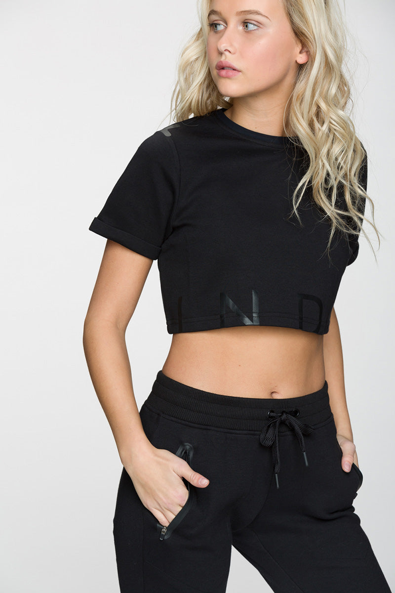 League Short Sleeve Cropped Top