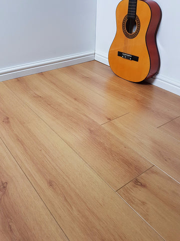 Notting Hill 7mm Laminate Flooring Bleached Oak The Fast Floor Store