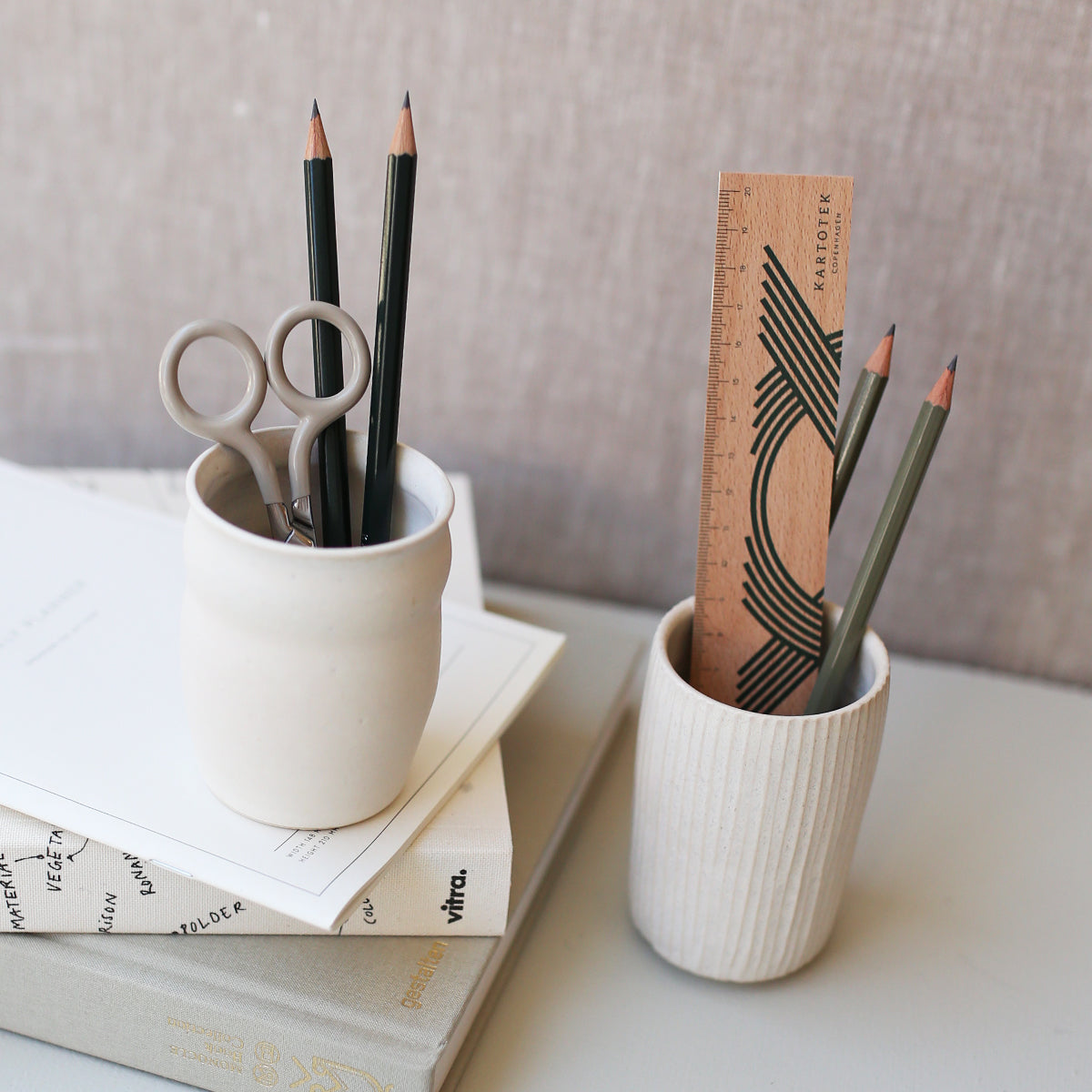 PEN HOLDER // WAVES
