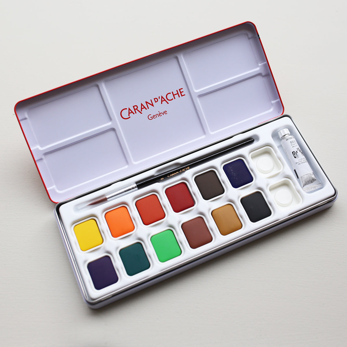 products/Gouache_Water_Color_Palette_Set_of_13_colors_01.jpg