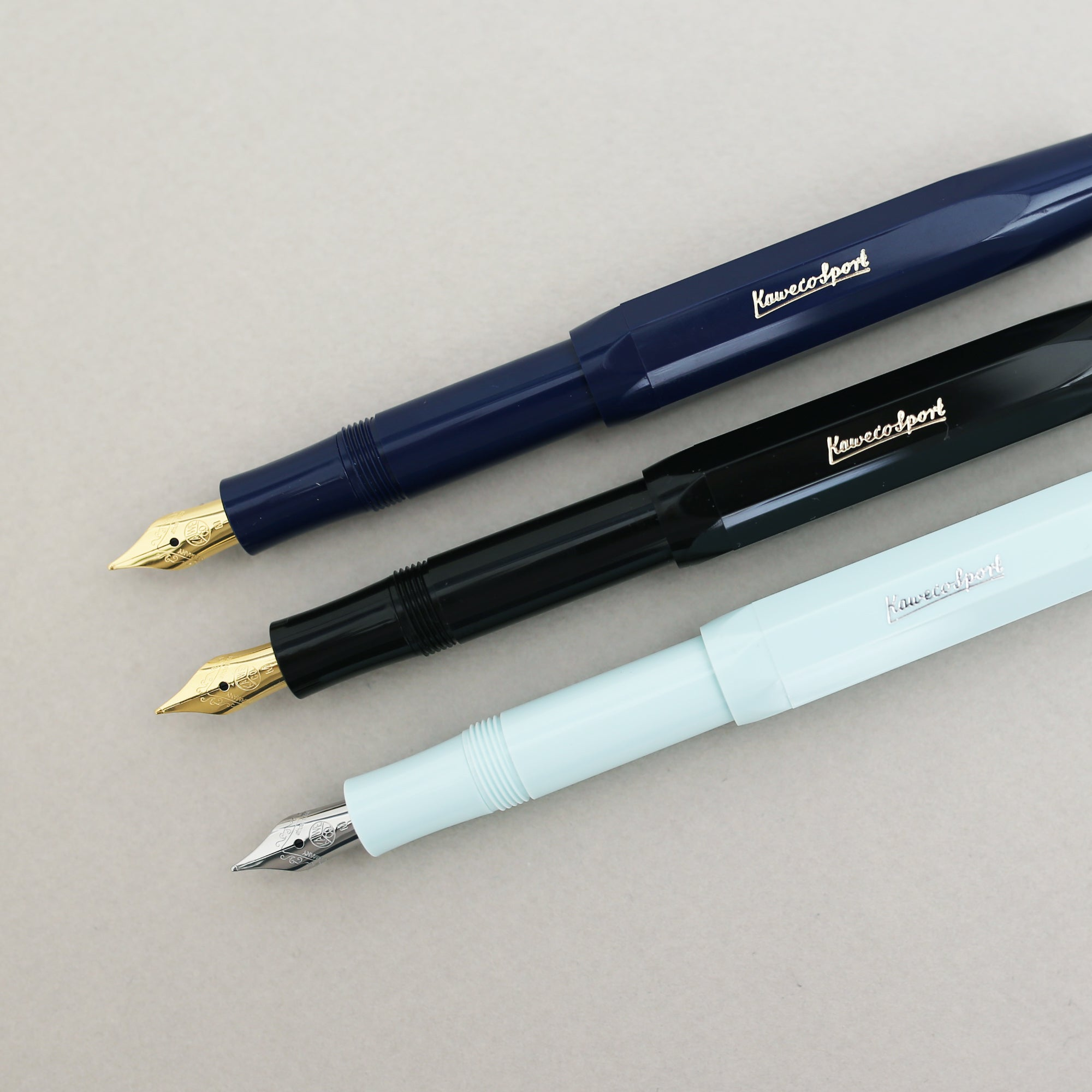 products/KAWECO_CLASSIC_SPORT_FOUNTAIN_PEN_M____BLACK_02_c15497a6-341e-4a53-befd-db6f4fc3e5fc.jpg