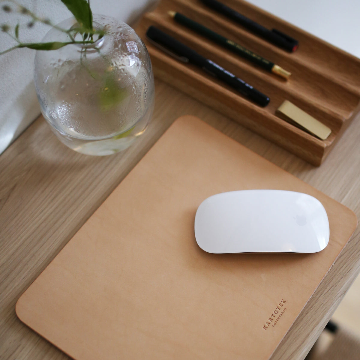 LEATHER MOUSE PAD (B GRADE)