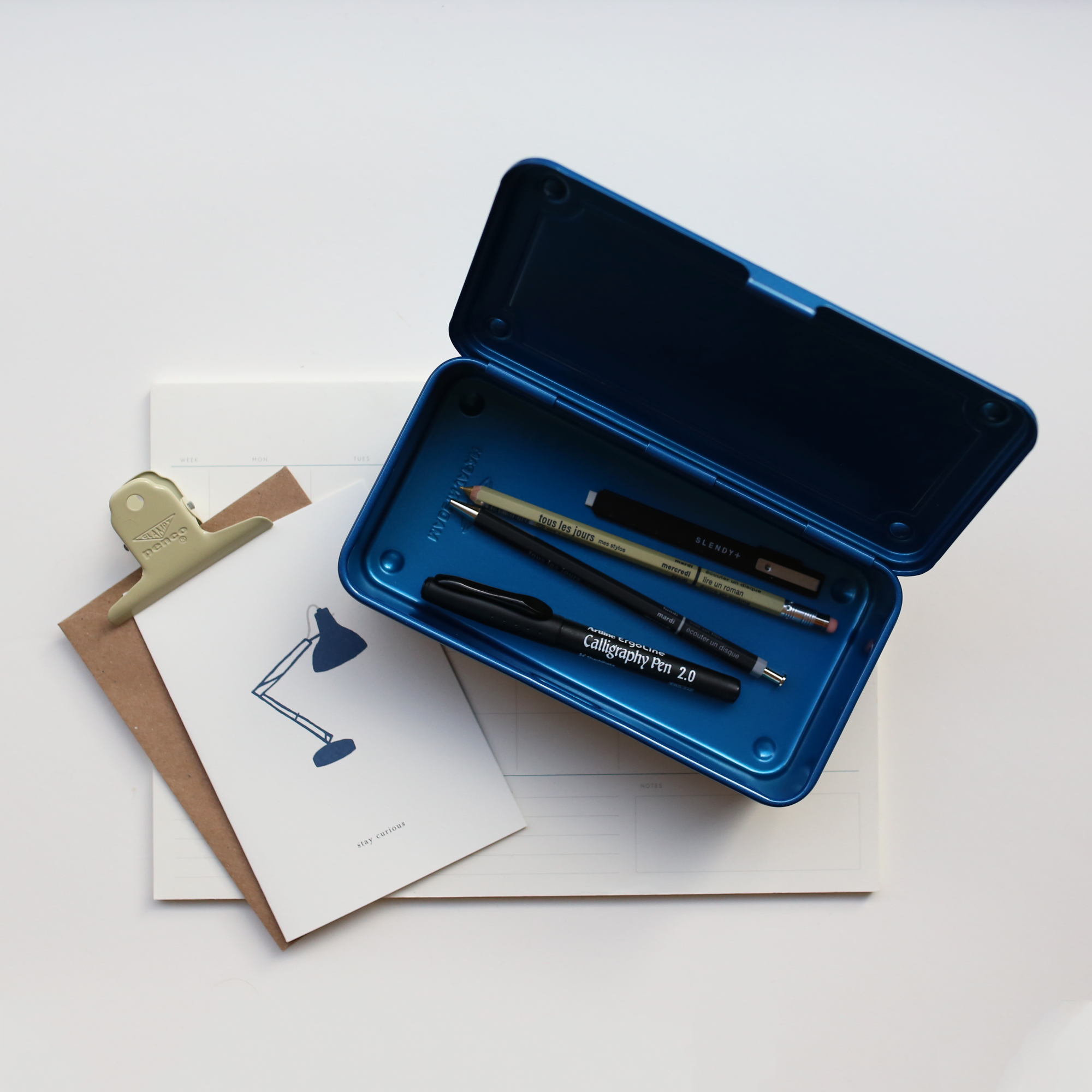 products/Toyo_Steel_Tool_Box_Blue_02.png