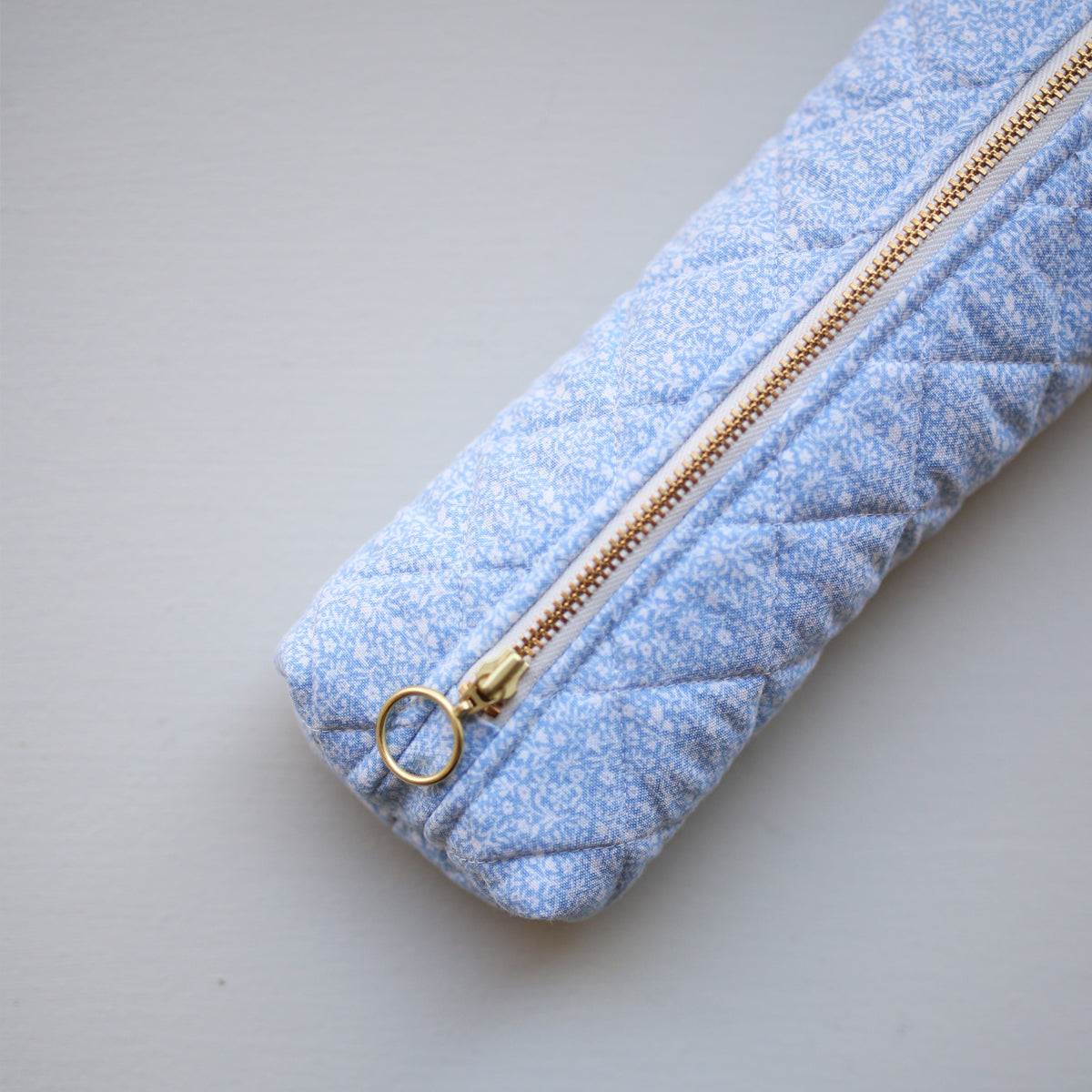 PEN CASE // BLUE FLOWERS