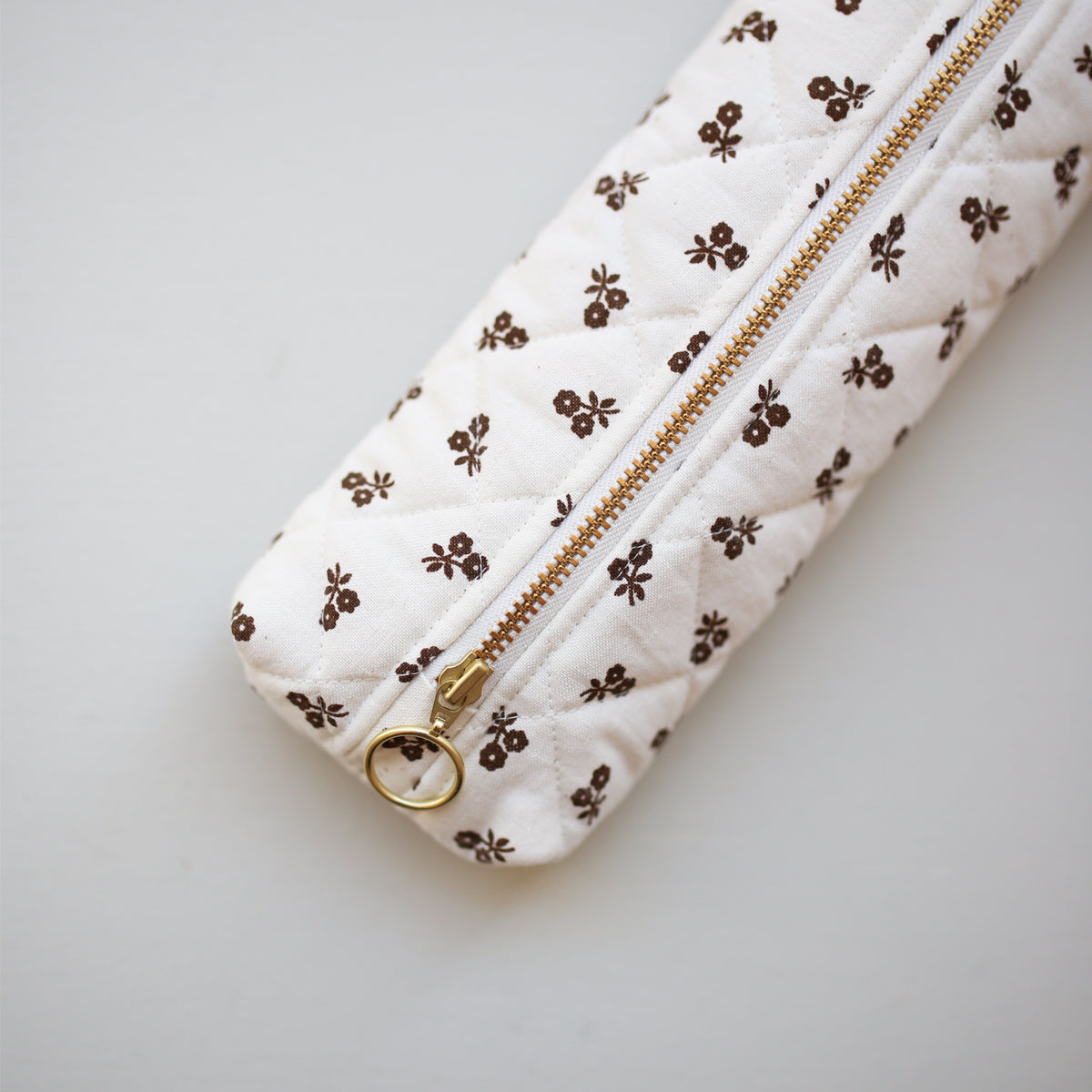 PEN CASE // BROWN FLOWERS
