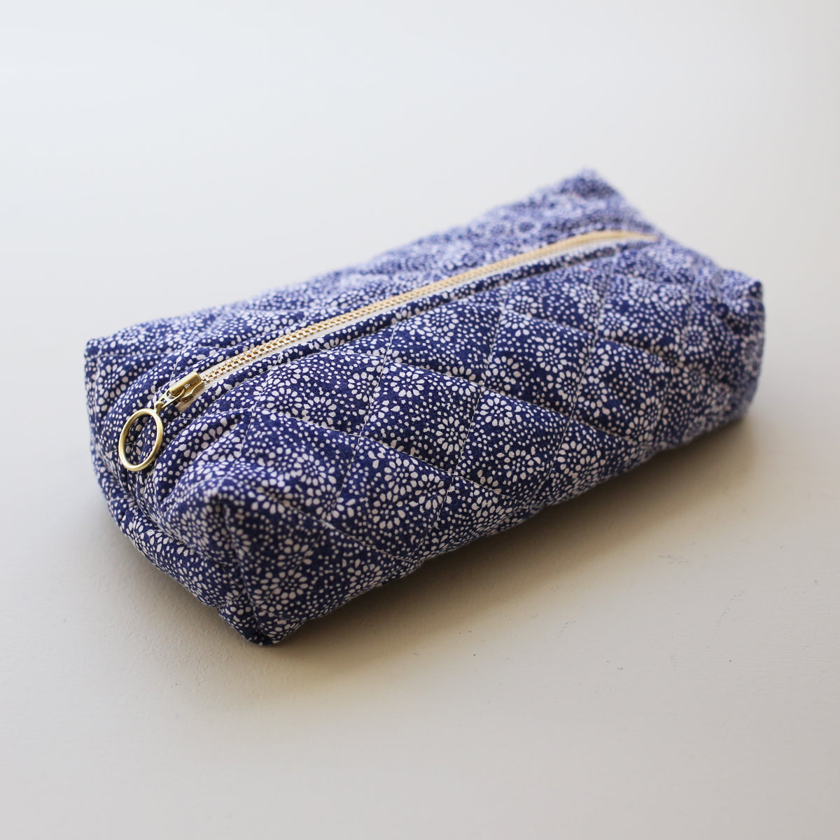 MAKEUP BAG // DARK BLUE