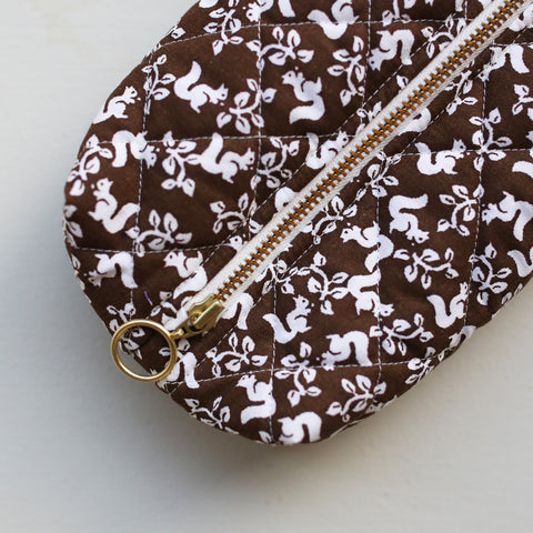 MAKEUP BAG // DARK BROWN