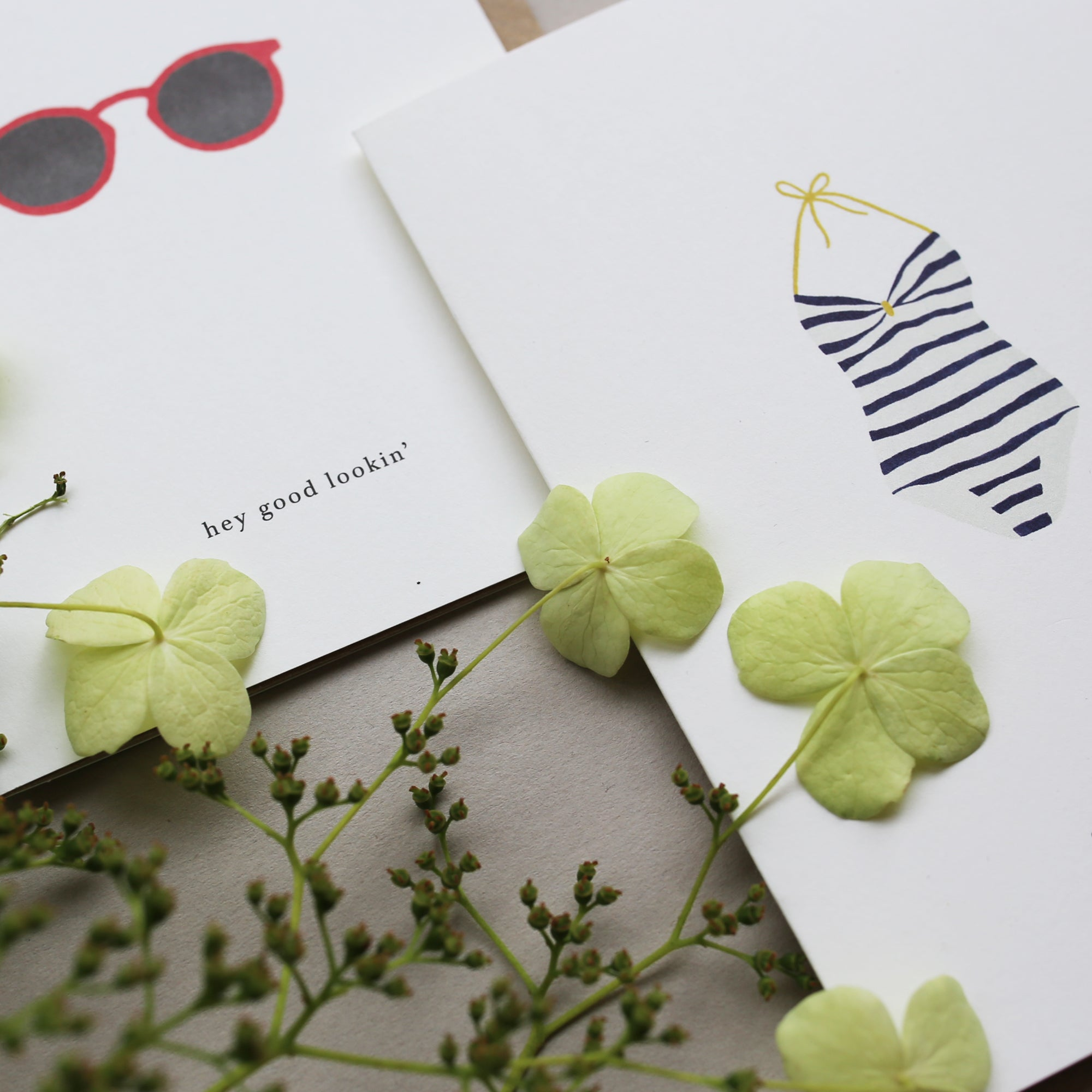GREETING CARD / SUNGLASSES