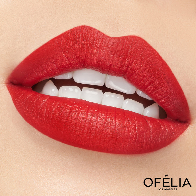 Eyes On Me - OFELIA COSMETICS