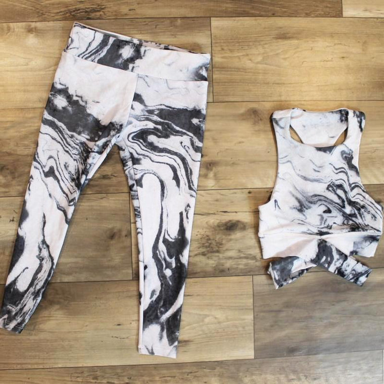 yoga set for girl marble print