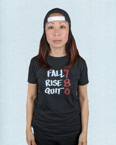 Wmn's No Quit Tee - Charcoal