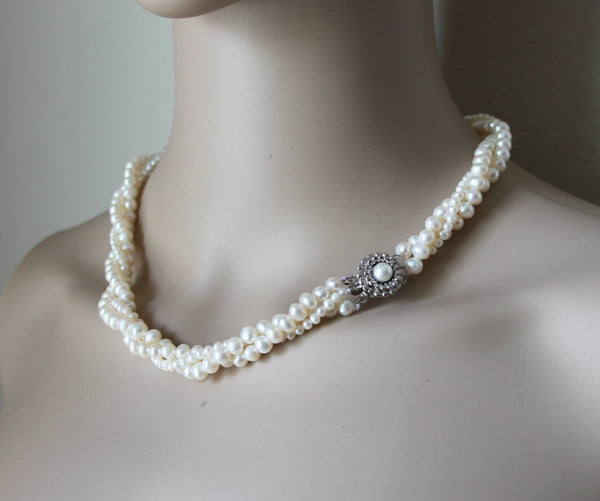 pearl necklace pearl land
