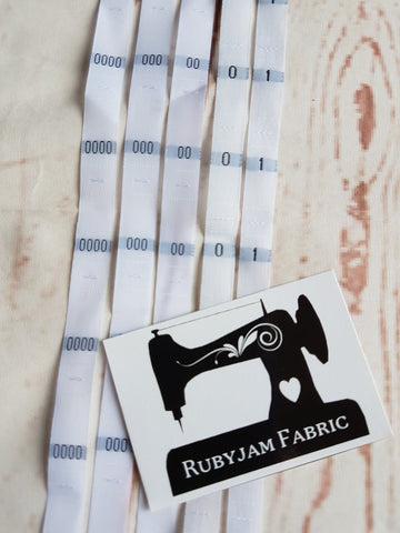 Custom Pack 100 size labels - select your colours/sizes
