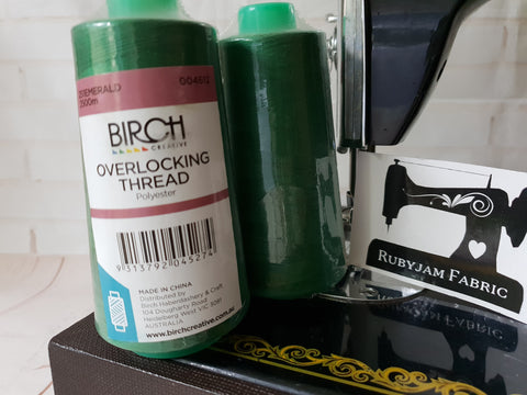 Birch Overlocker thread, emerald green, 2500M
