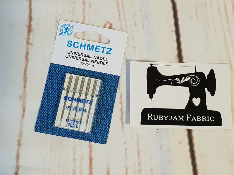 Schmetz Universal Needles Size 70/10 - Pack of 5 suitable for most fabric