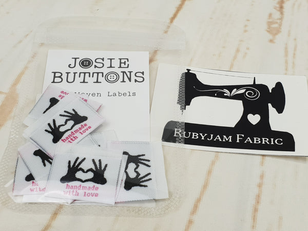 Handmade With Love (hands) - Labels by Josie Buttons