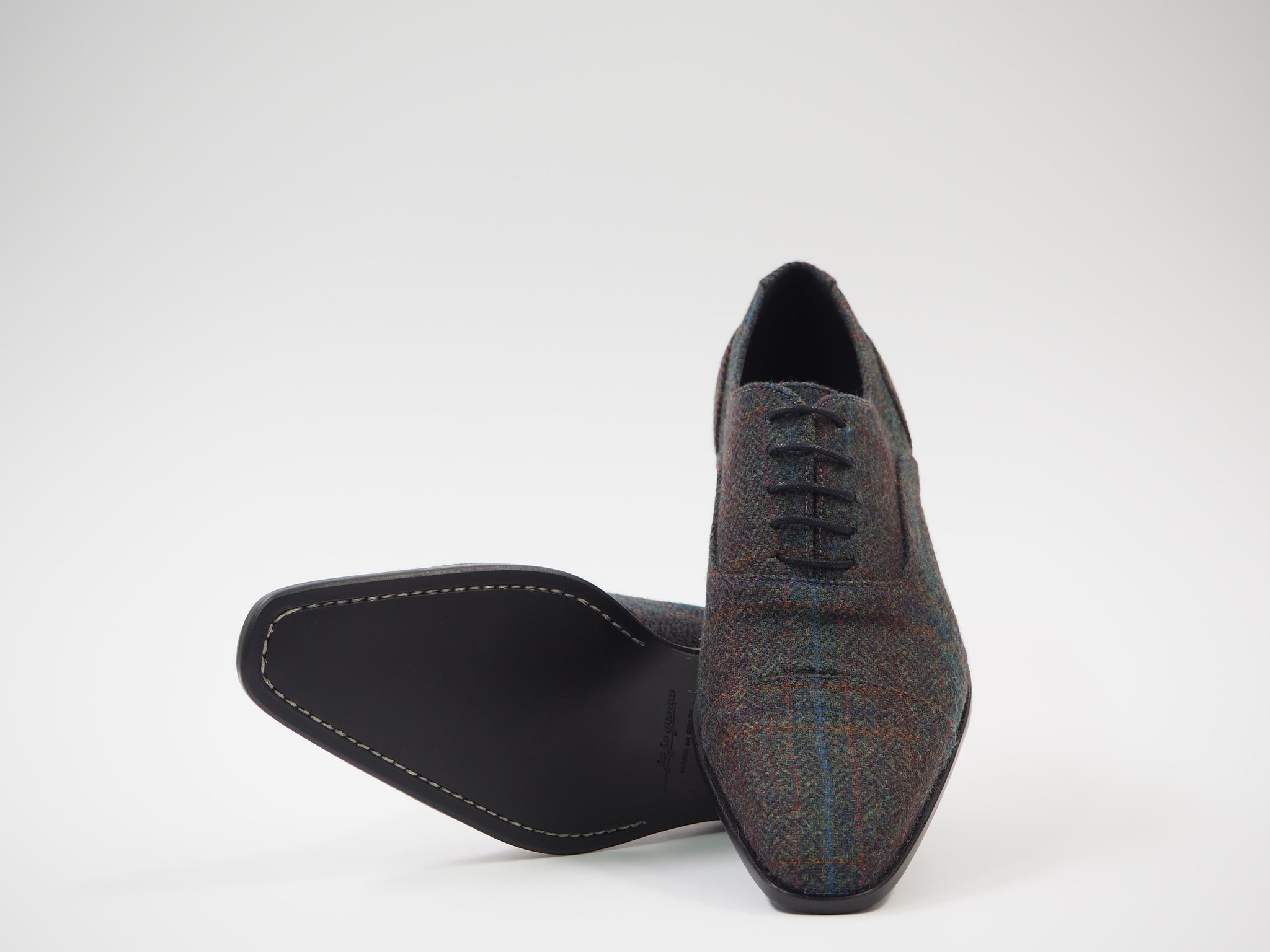 Size 41 - Multicolored Herringbone Oxford + Belt