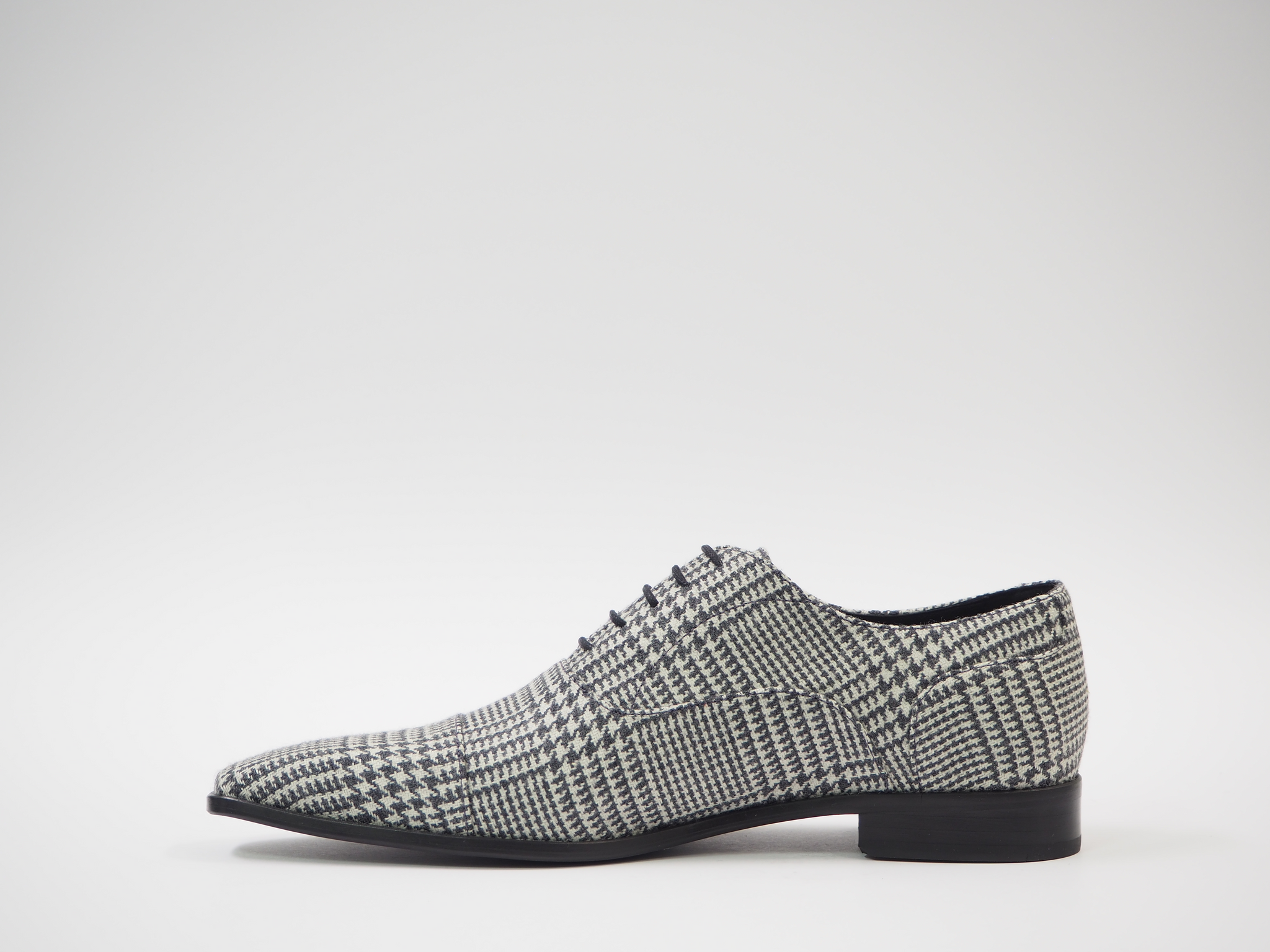 Size 45 - Gray & White Houndstooth Oxford + Belt