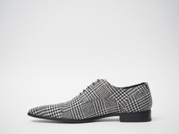 Size 44 - White & Black Houndstooth Oxford + Belt