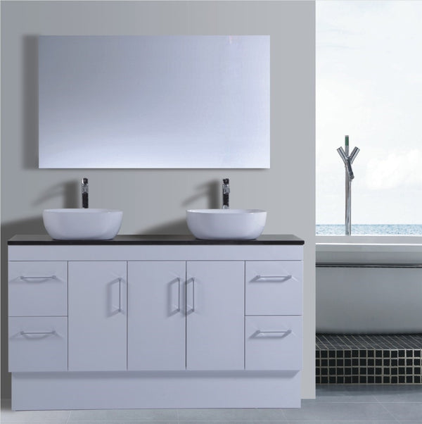 Lush Series VGN1500 WHT Free Standing