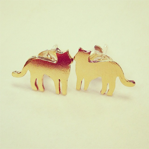 CAT EARRINGS (Gold)