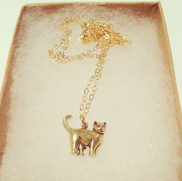 CAT NECKLACE (Gold)