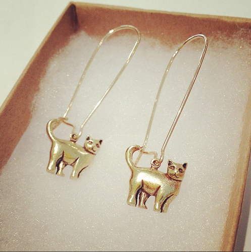 CAT EARRINGS DROP (Gold)