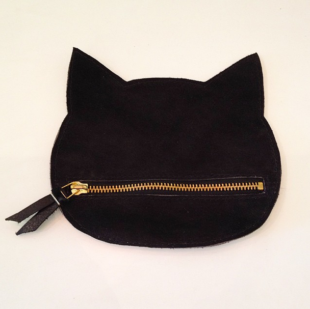 LEATHER CAT POUCH (Large/Black)