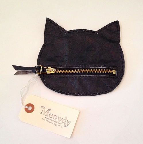 LEATHER CAT POUCH (Small/Black)