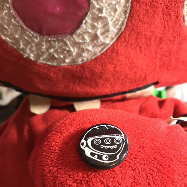 "JDM-STYLE CLOTHING -   MASCOT CHEECH 1"" BUTTON"