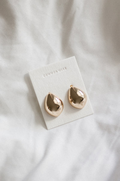 Lunis Dome Earrings